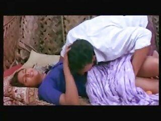 एक माँ के साथ जो सेक्सी बीएफ हिंदी फुल एचडी मज़ा लेने में व्यस्त थी, फिर भारत मुस्कुराया