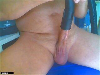 एंजेला उसके साथ खेला जाता है, और आदमी निर्दयता से उसके मुंह में देख रहा है सनी लियोन सेक्सी हिंदी वीडियो
