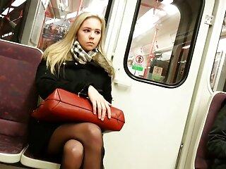 लड़की के साथ सेक्सी सुनहरे बालों वाली काले बीएफ देहती बाथरूम खाने मुश्किल